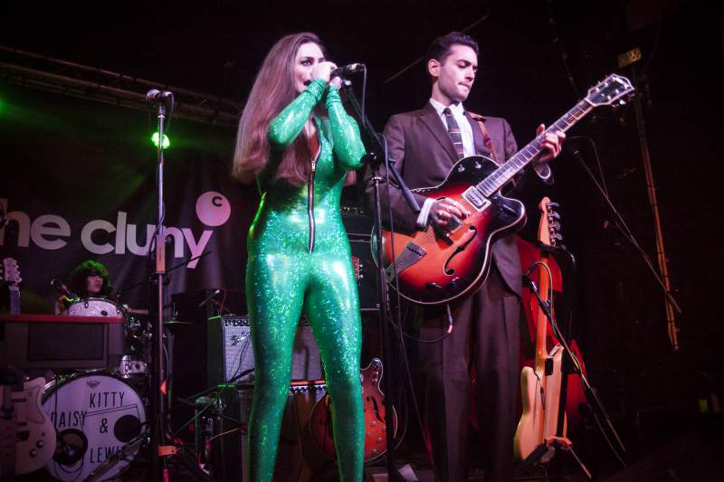 Kitty Daisy & Lewis by Gary Chaytor 2__1454950831_128.65.101.133